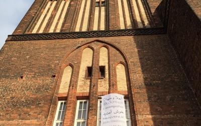 """Der Turm sagt: """"Willkommen"""""""